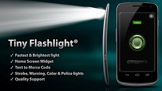 How to activate the flashlight of an Android phone